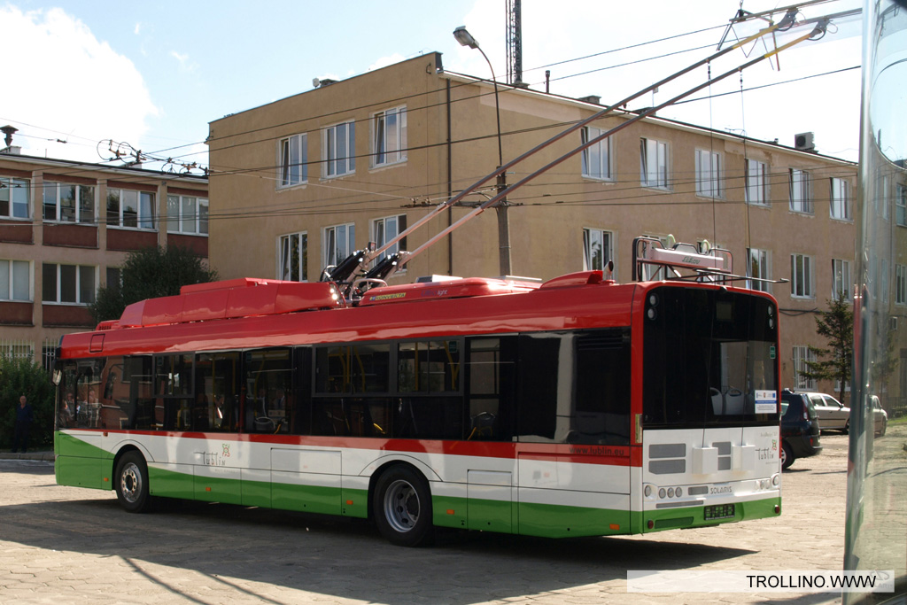 Solaris trollino trolleybusse for Depot esslingen